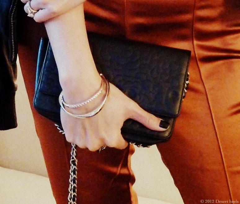 © 2012 Desert heels L1090886