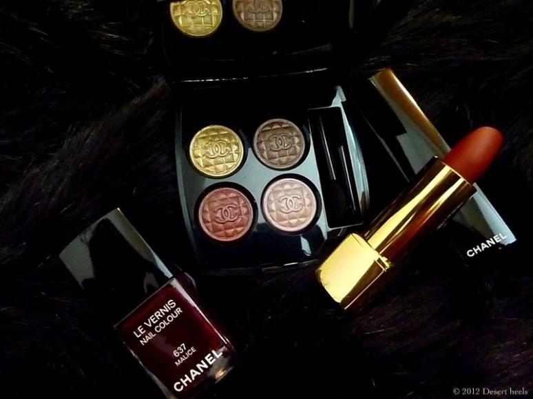 © 2012 Desert heels L1090921-001