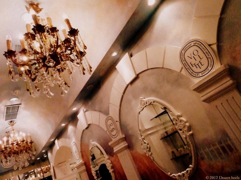 © 2012 Desert heels L1090973-001