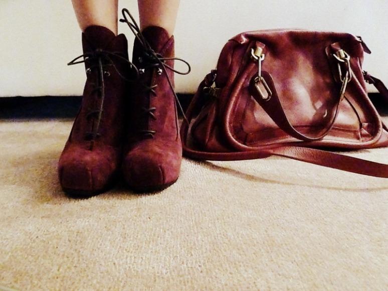 © 2012 Desert heels L1100026