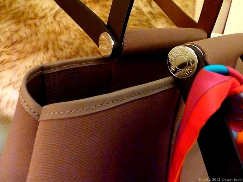 © 2012-2013 Desert heels L1100567