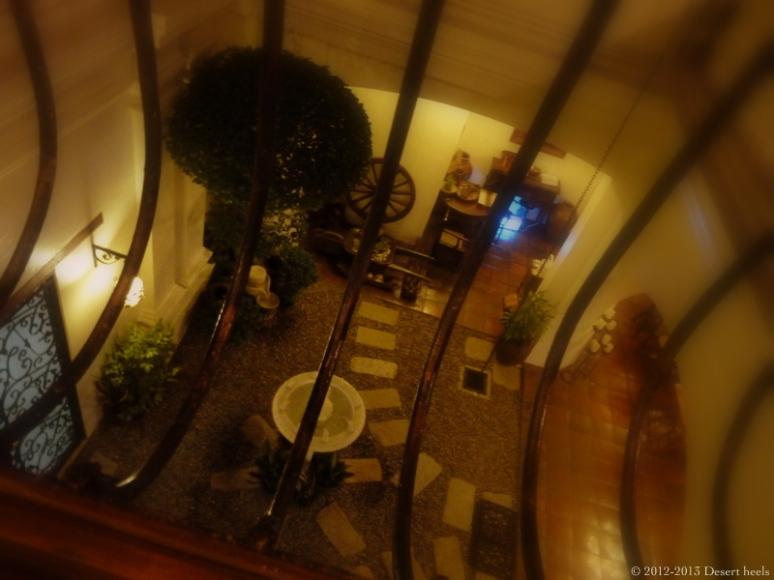 © 2012-2013 Desert heels L1100755