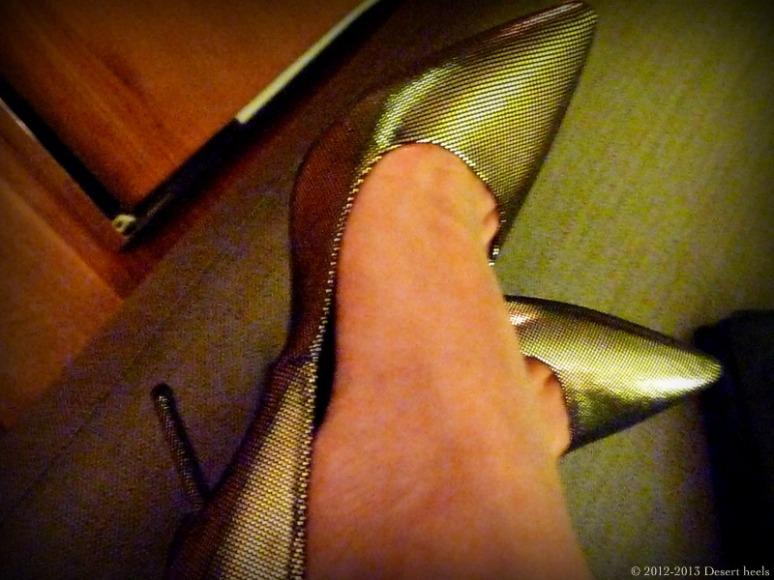 © 2012-2013 Desert heels L1110111-001