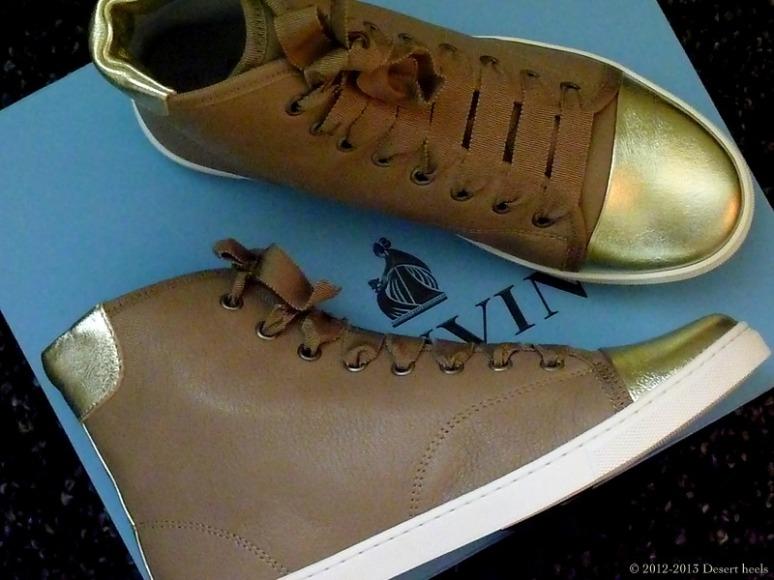 © 2012-2013 Desert heels L1130116